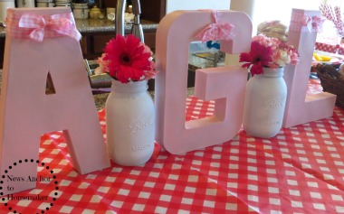 Baby-Q Shower. Card Board Letters on www.newsanchortohomemaker.com